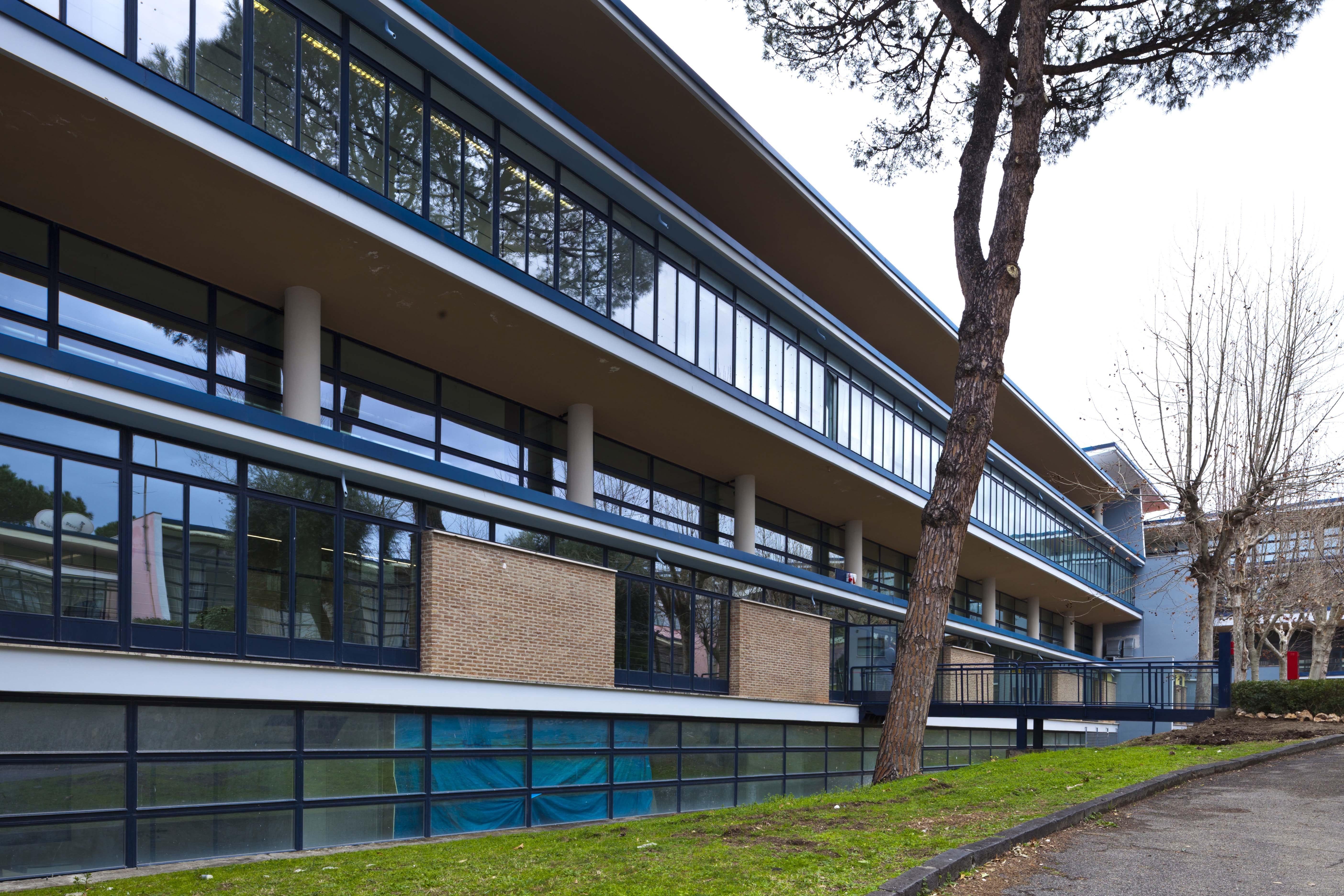 Comprensorio Olivetti: una fabbrica con vista mare