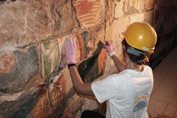 Restauro degli affreschi, ABBAZIA DI SANTA MARIA DI CERRATE, LECCE (LE )