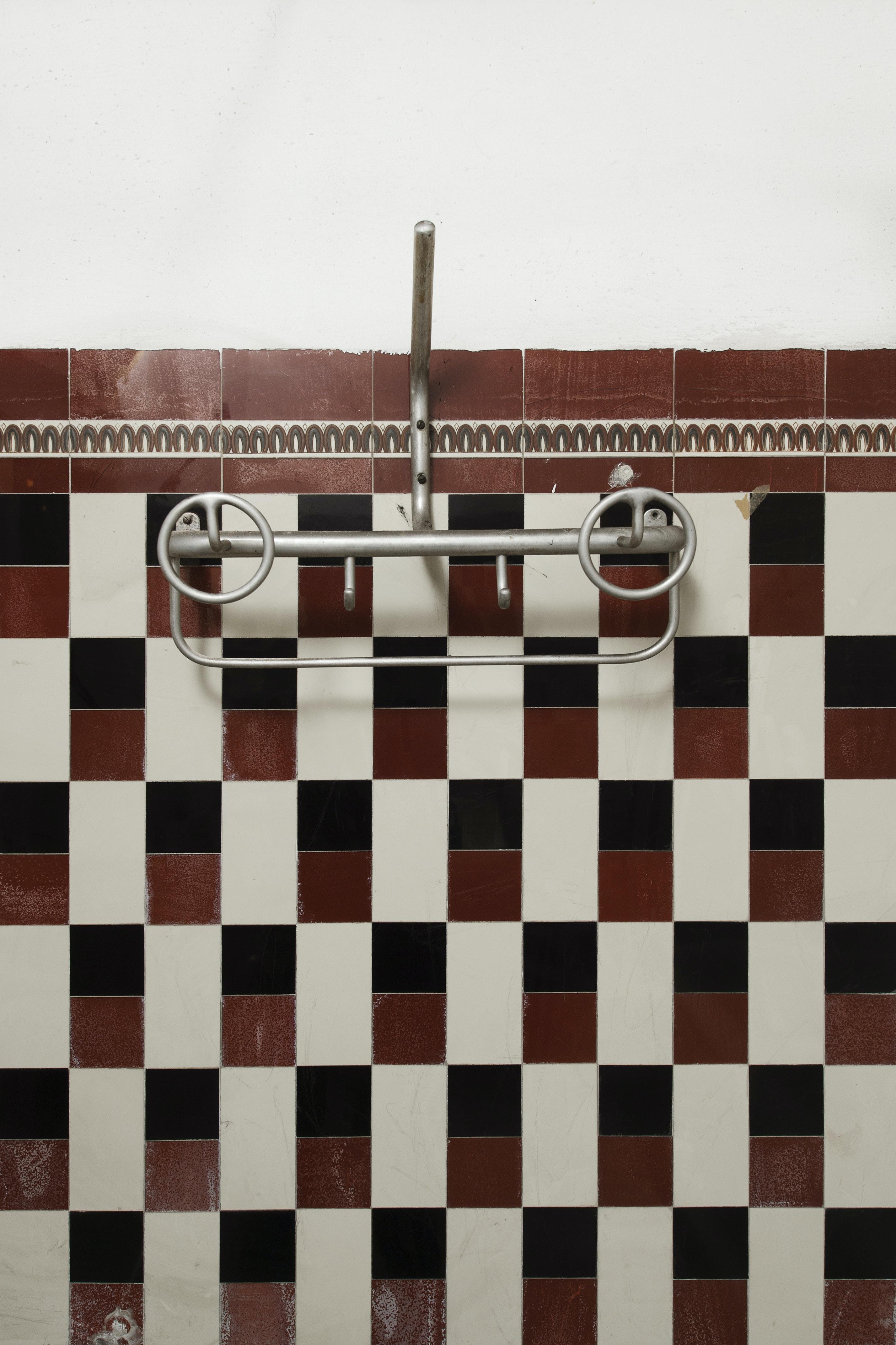 Dettaglio rubinetteria, ALBERGO DIURNO VENEZIA, MILANO (MI )