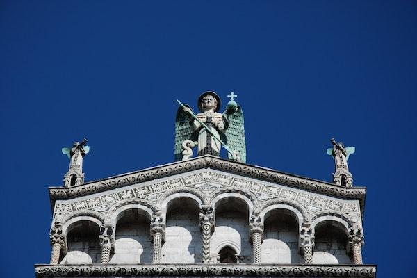 Chiesa di San Michele a Lucca, TEATRINO DI VETRIANO, PESCAGLIA (LU )