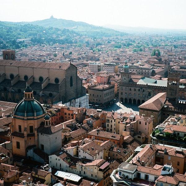 Bologna: corso di formazione sulla storia, l'arte e l'architettura bolognese per mediatori artistico culturali