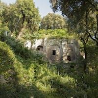 Resti della Villa di Manlio Vopisco, PARCO VILLA GREGORIANA, TIVOLI, ROMA