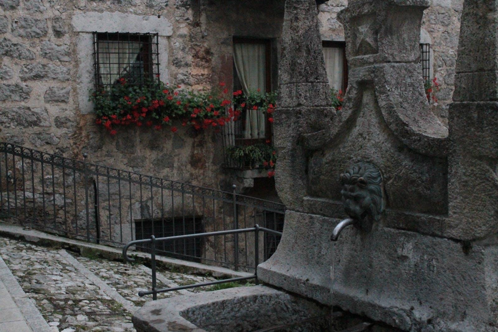 Fontana Veneta Serina