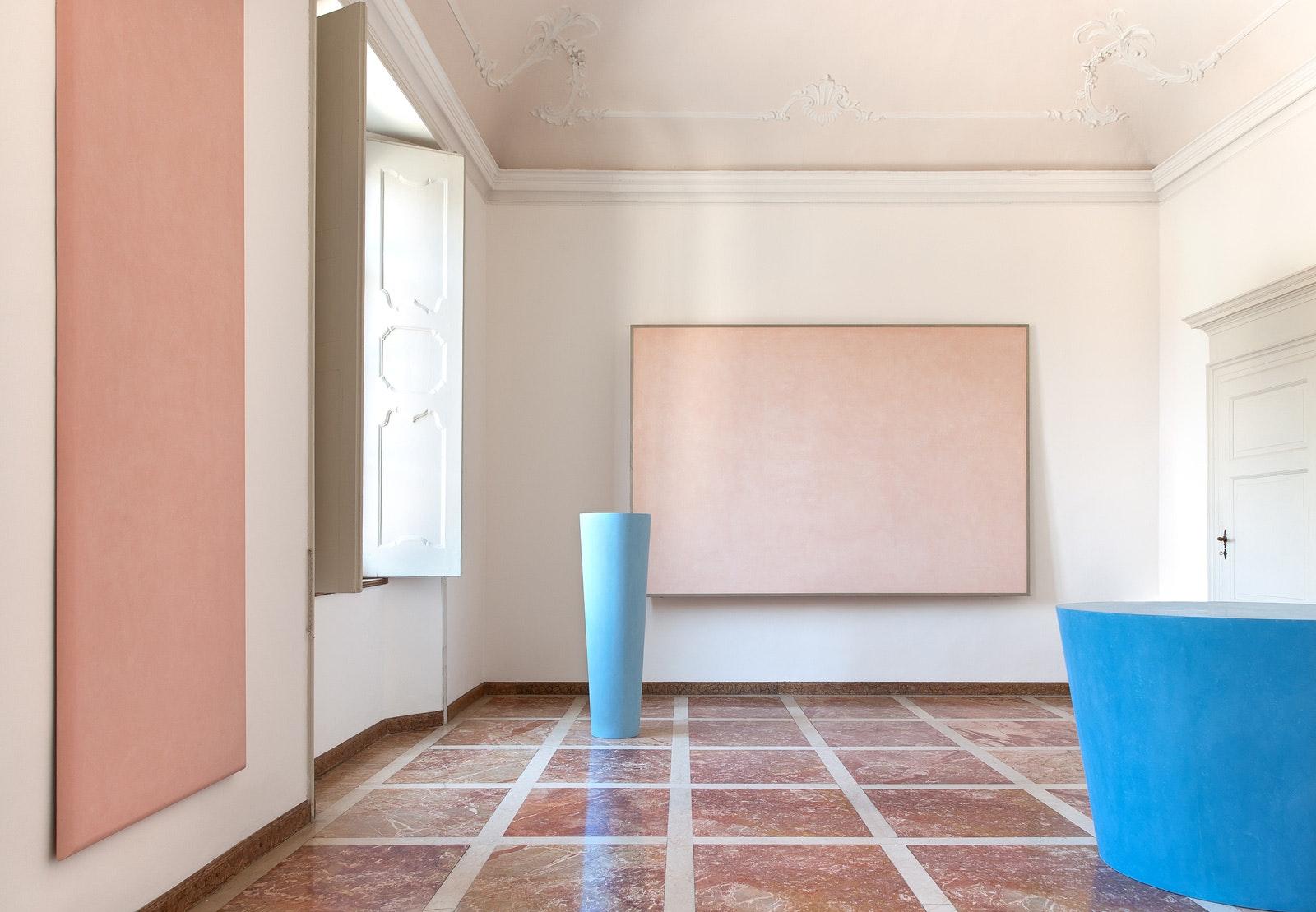 Primo piano, ala nord, con opere di Ettore Spalletti, VILLA E COLLEZIONE PANZA, VARESE