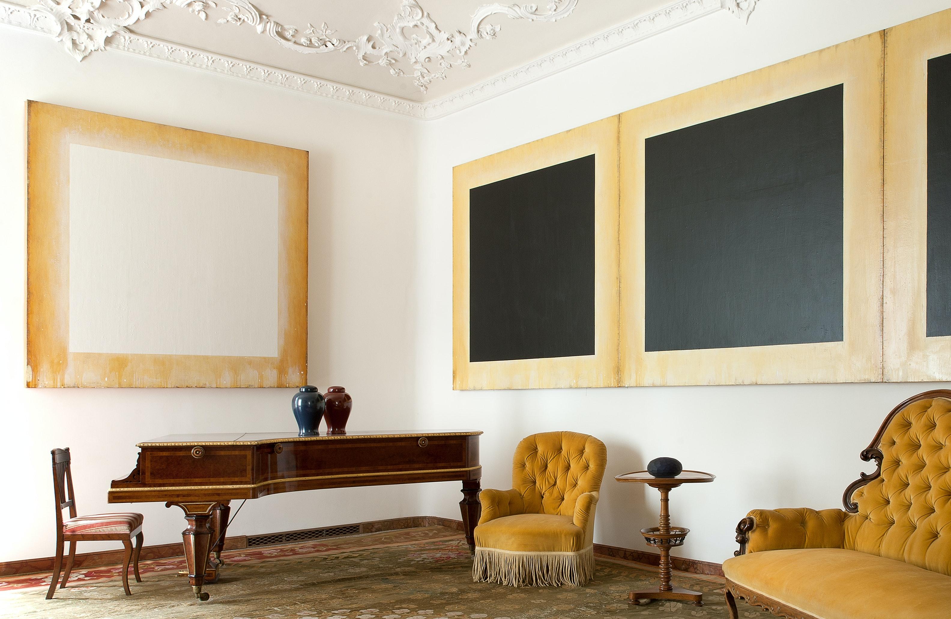 Sala della carpinata con opere di Ford Beckman, VILLA E COLLEZIONE PANZA, VARESE