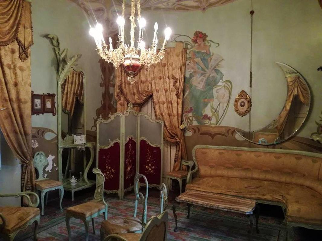 Il Palazzo Messere e le nobili dimore di via M. degli Angeli