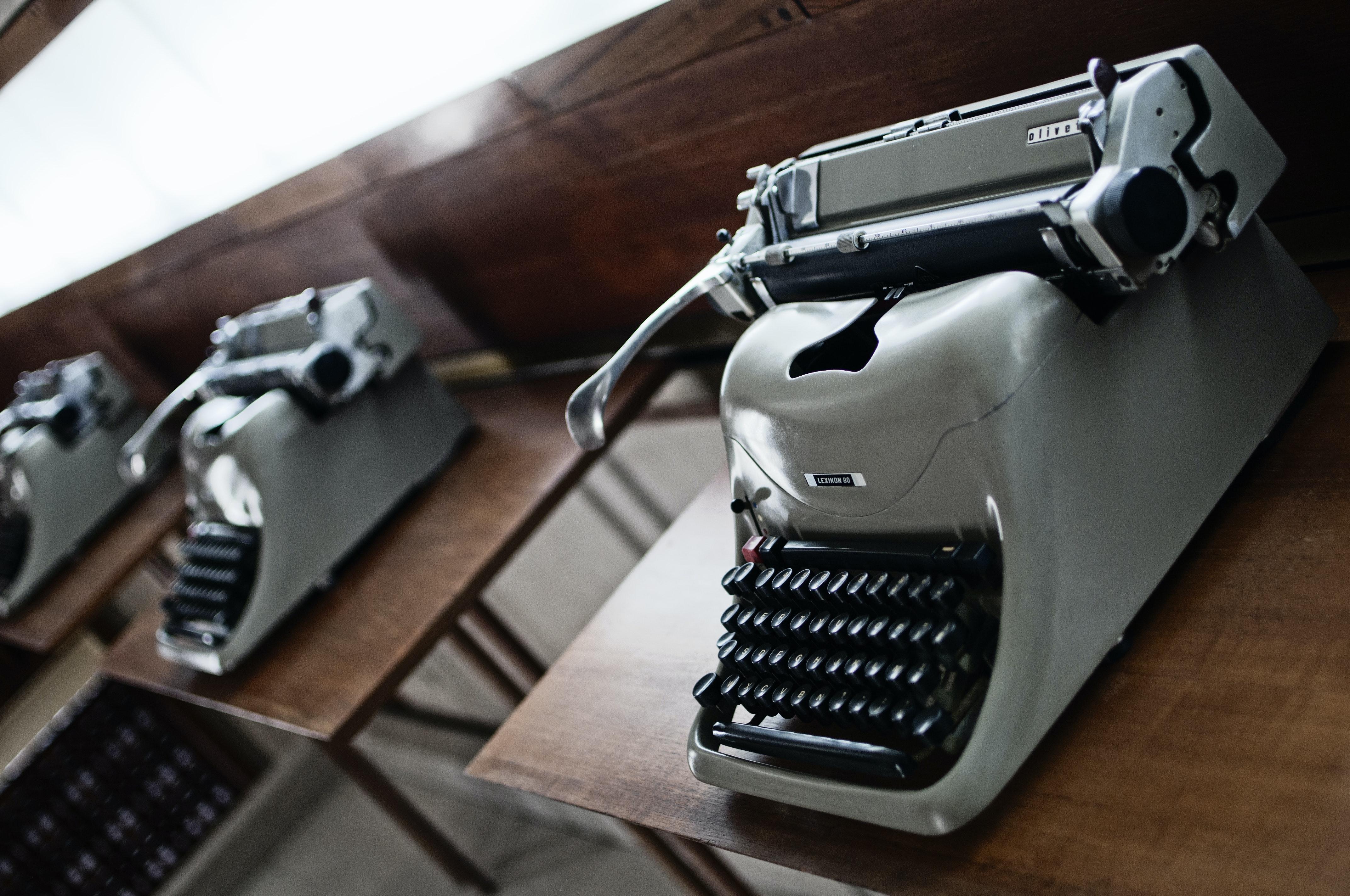 Esposizione macchine Olivetti, NEGOZIO OLIVETTI, VENEZIA (VE )