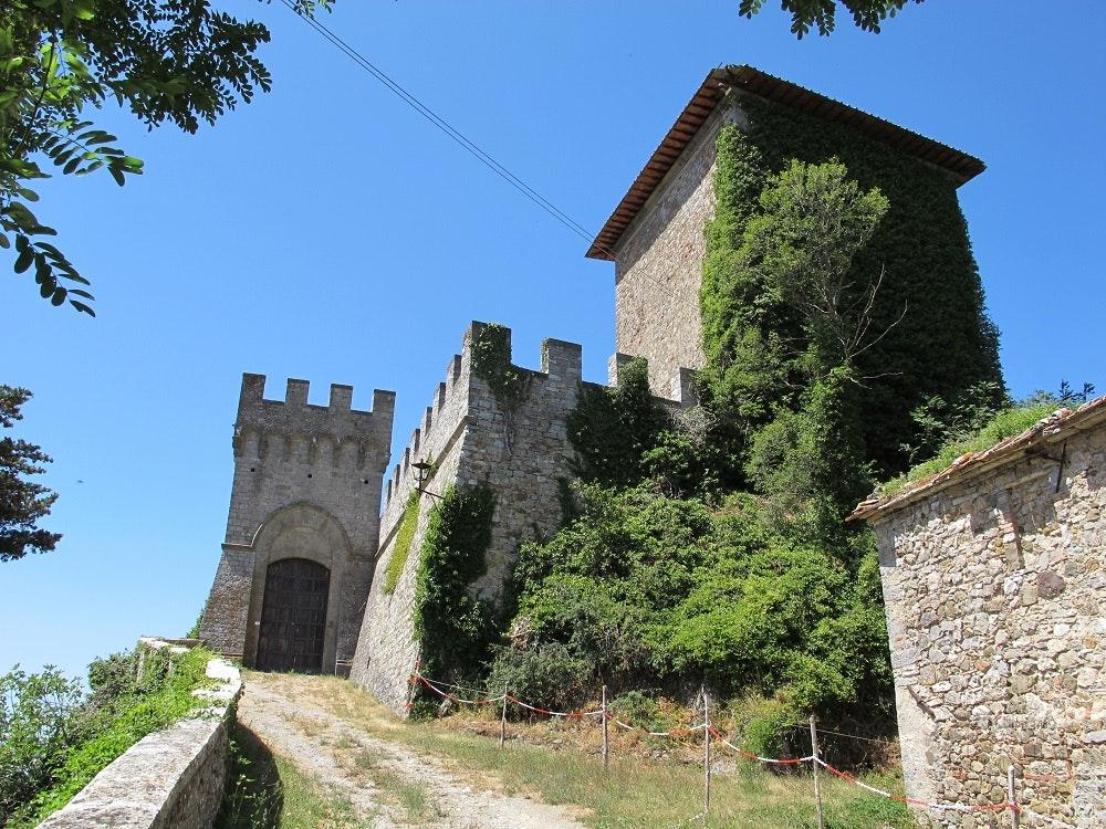 Castello Piccolomini di Triana