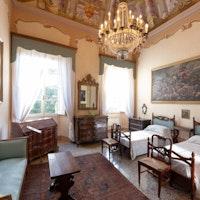 Villa Dosi Delfini, VILLA DOSI DELFINI, PONTREMOLI (MS )